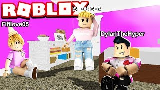 I spent 24 HOURS in a STRANGER's HOUSE!! (Roblox Bloxburg Roleplay)